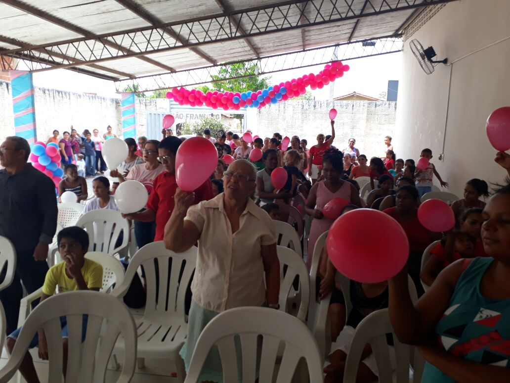 O mês de outubro foi marcado por atividades de combate ao câncer de mama